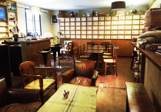 La Caféothèque 52, rue de l'Hôtel-de-Ville 75004  Paris Photograph by Bellanda ®