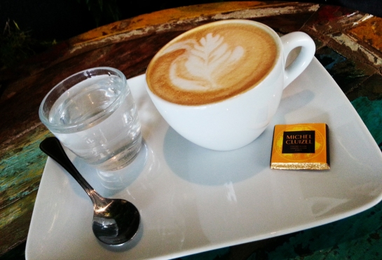 Coffee Art at Caféothèque... It is as delicious as it is good. Photograph by Bellanda ®