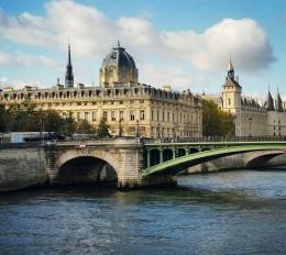 Paris never getsold…